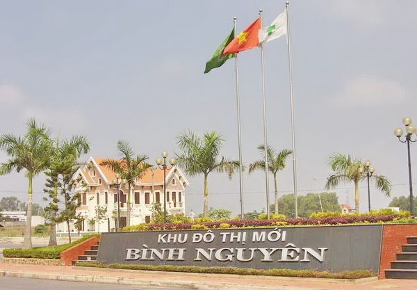 Anh Du an Binh Nguyen