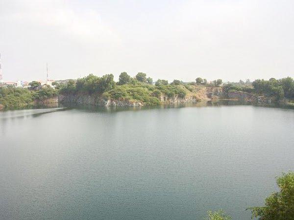 Hồ đá rộng gần 100 ha nằm kế Đô thị Bình Nguyên